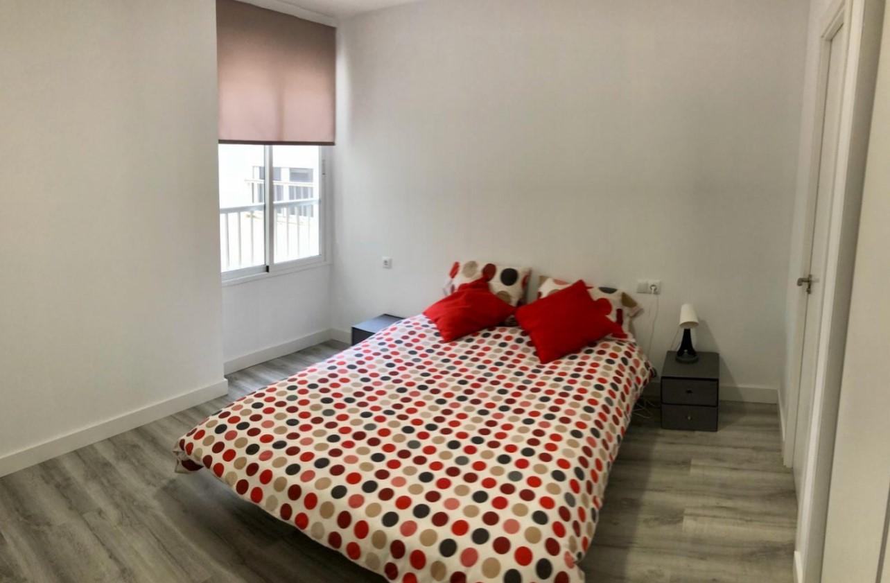 RV0020QU : Апартаменты рядом с пляжем в Аликанте